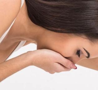 Тошнота и рвота при ВСД: причины, диагностика и способы лечения
