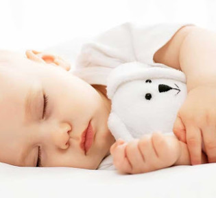 Сон ребенка в 10 месяцев: особенности и возможные проблемы