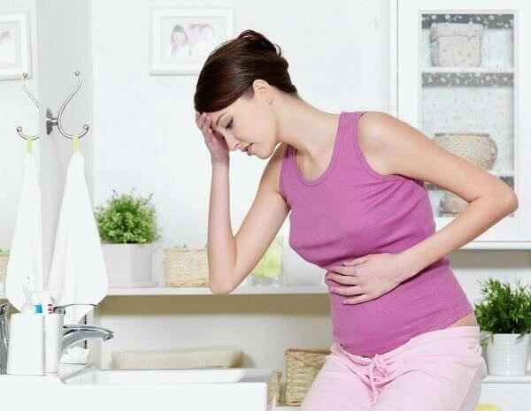 тошнит беременную